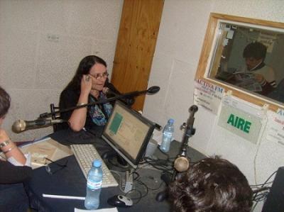 20121101045434-lily-en-plena-tarea.jpg